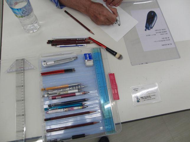 枝川真理の鉛筆画教室練習風景2