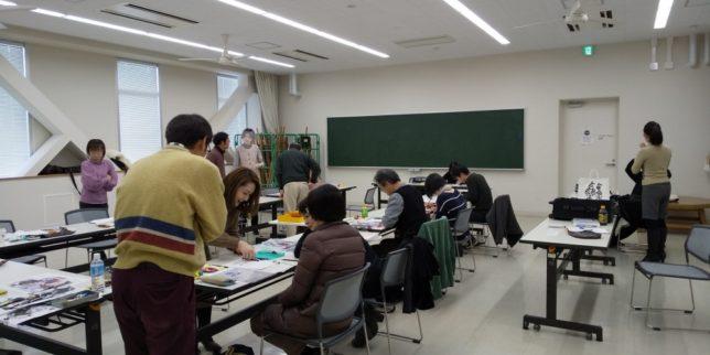 枝川真理の鉛筆画教室の様子写真1