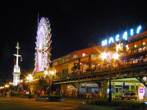 神戸 モザイクの夜景